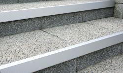 Semmelrock Alu-lépcső éltakaró 120x2,6x5,6 cm - természetes alumínium