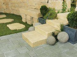 Modern kerítéskő natúr sarokelem(fűrészelt)